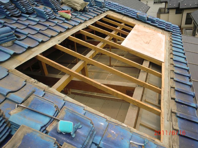 瓦屋根雨漏り修理 施工中